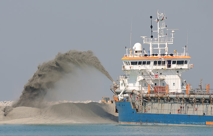 wear materials for dredging